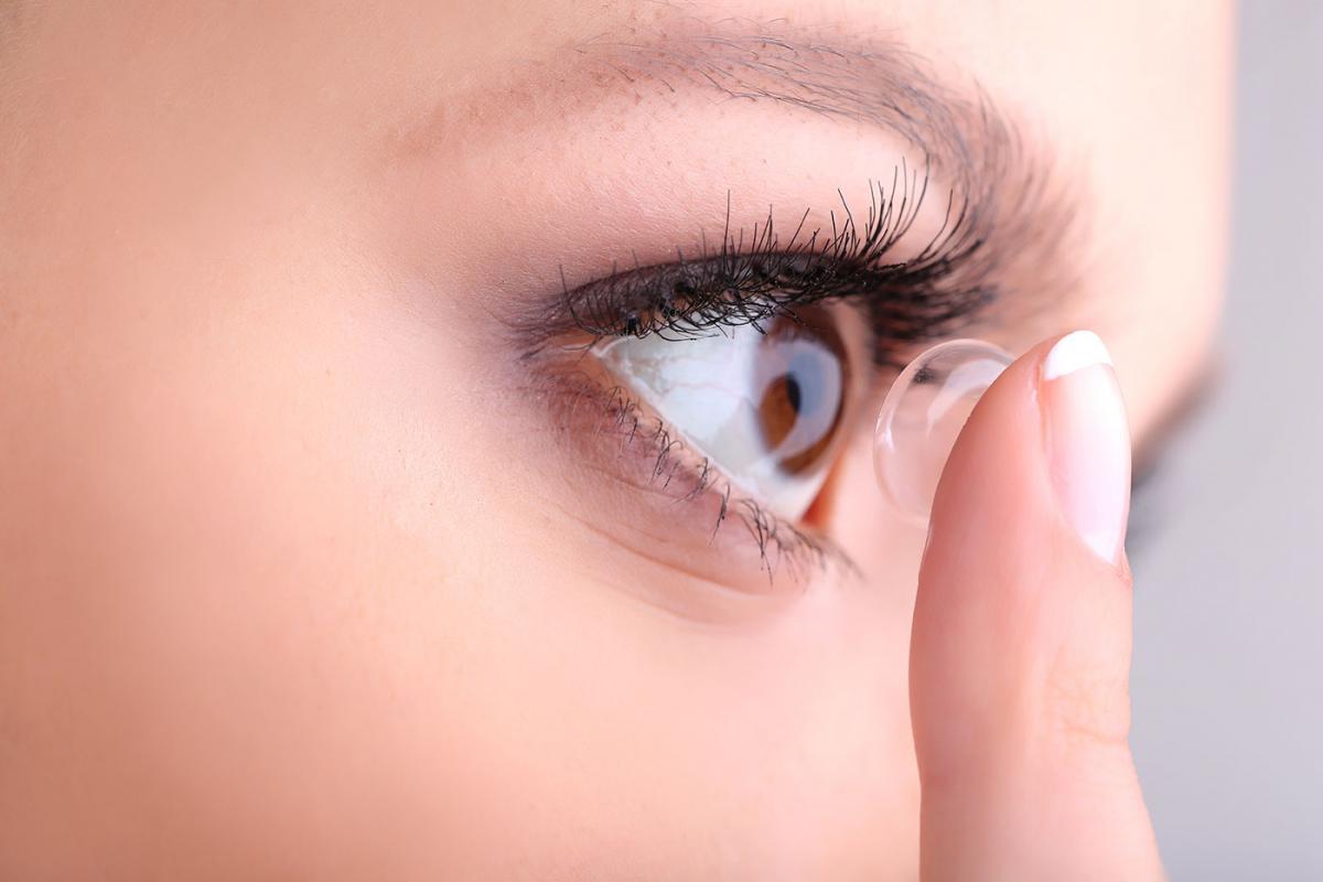 Contact lenses